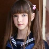 Eva R (Candy Doll)